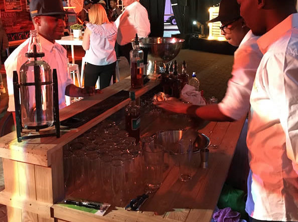 Pallet bars are all the rage in Gauteng. Get one for your next event.
