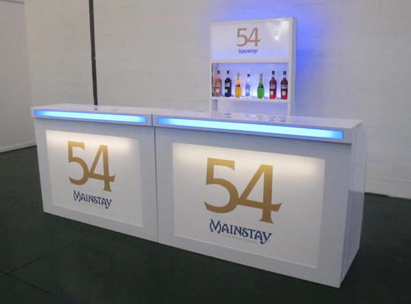 With a 3 metre mobile bar there is more than enough space to advertise your brand and get it in front of customers